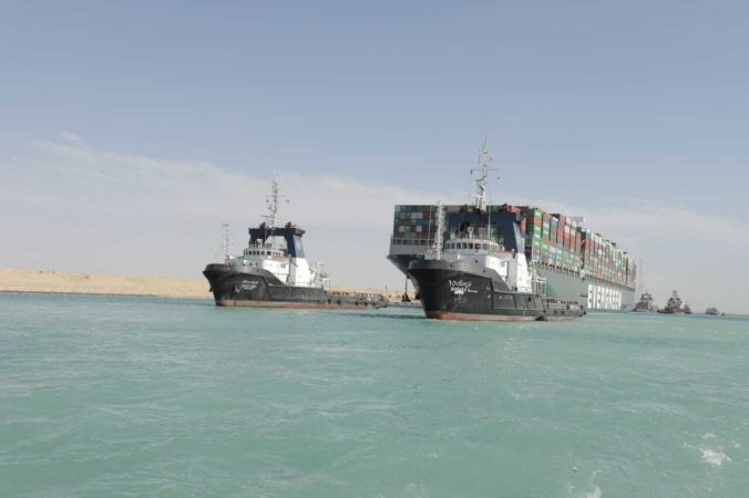 Egyptský súd opäť odročil konanie v kauze blokády Suezského prieplavu, strany získali čas na vyjednávanie