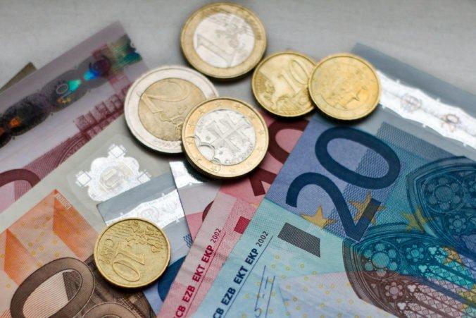 Maximálna dávka v nezamestnanosti sa od júla zvýši o viac ako 40 eur
