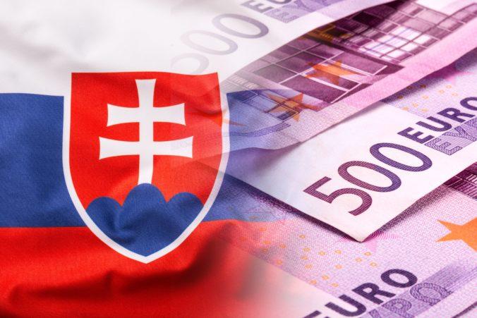 Európska komisia poskytne Slovensku ďalšie milióny eur, časť pôjde aj na nákup potravinových balíkov