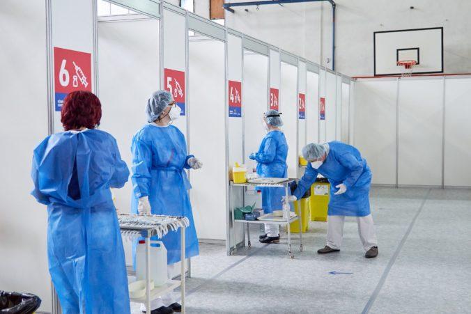 Mestá žiadajú efektívnejšiu komunikáciu pri očkovacej kampani, chcú predísť tretej vlne pandémie