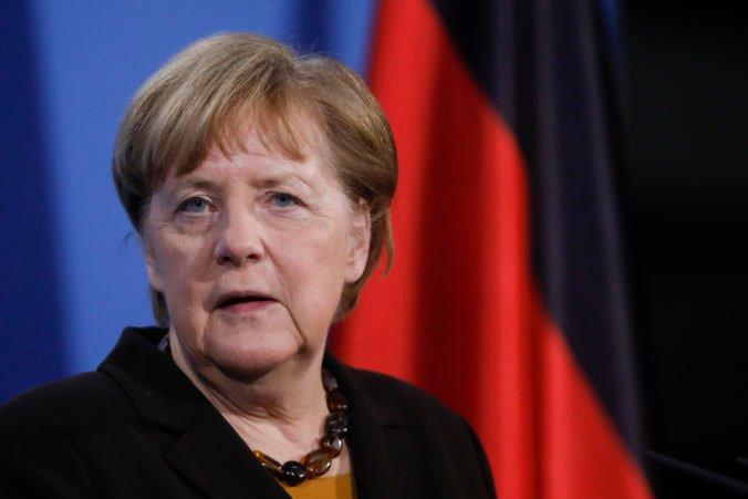 Európa sa pre delta variant nachádza na tenkom ľade, varuje kancelárka Merkelová