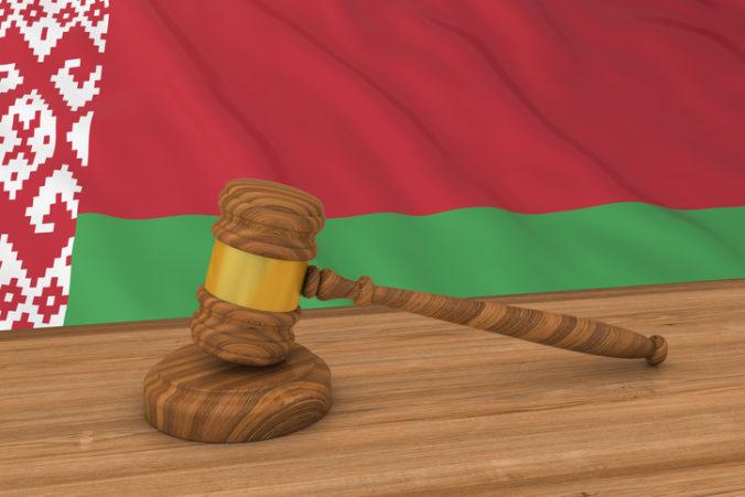 Začal sa proces s manželom Sviatlany Cichanovskej, kandidoval proti Lukašenkovi
