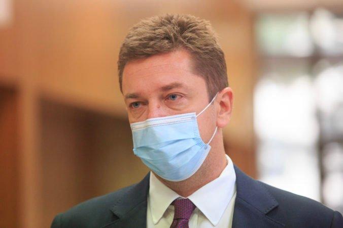 Súťaž na SBS pre Slovenskú poštu bola podľa Doležala transparentná, politici by nemali komentovať verejné obstarávanie