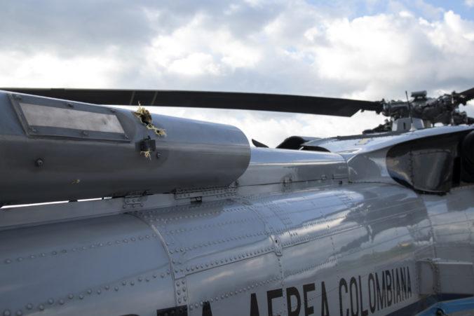 Útok na vrtuľník s kolumbijským prezidentom vyšetrujú, za informácie krajina ponúka odmenu