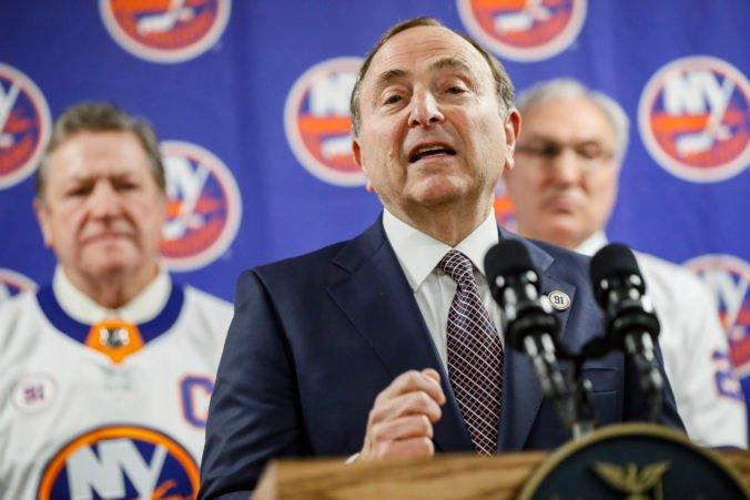 Vedenie NHL stále nevie, či hráči pôjdu na ZOH do Pekingu. Čas sa kráti, tvrdí Bettman