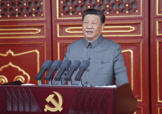 Čínsky prezident Si Ťin-pching varoval pred následkami šikanovania krajiny, hrozí krviprelievaním