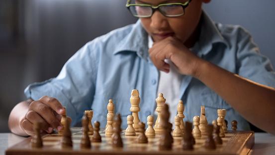 Najmladším šachovým veľmajstrom v histórii sa stal Mishra z Indie, má len 12 rokov