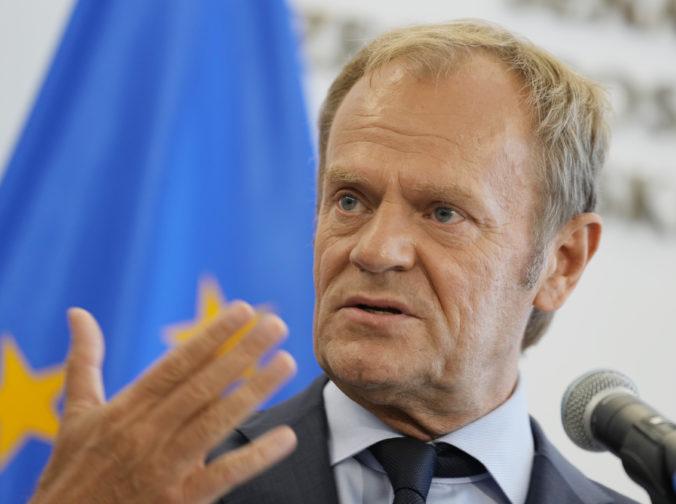 Poľský expremiér Donald Tusk navrhol opozičný pakt o neútočení, chce racionálne diskusie