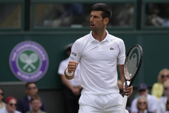 Djokovič postúpil cez Fucsovicsa do semifinále Wimbledonu, súper mu zobral iba jeden servis
