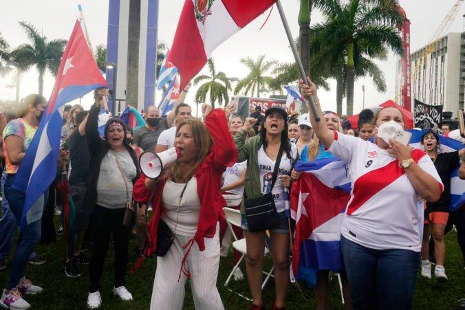 Na Kube vypukli obrovské demonštrácie proti vysokým cenám či vláde, počas protestov zomrela jedna osoba