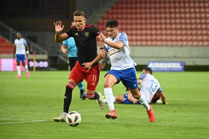 Futbalisti Spartaka Trnava sa vyhli blamáži, v Európskej konferenčnej lige tesne porazili Mostu FC z Malty