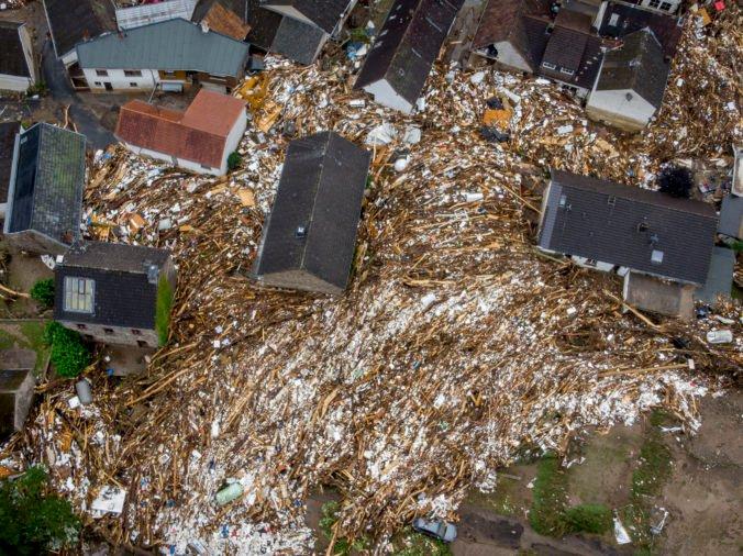 Počet obetí po záplavách v Nemecku a Beneluxe môže ešte porásť, stále hľadajú nezvestných