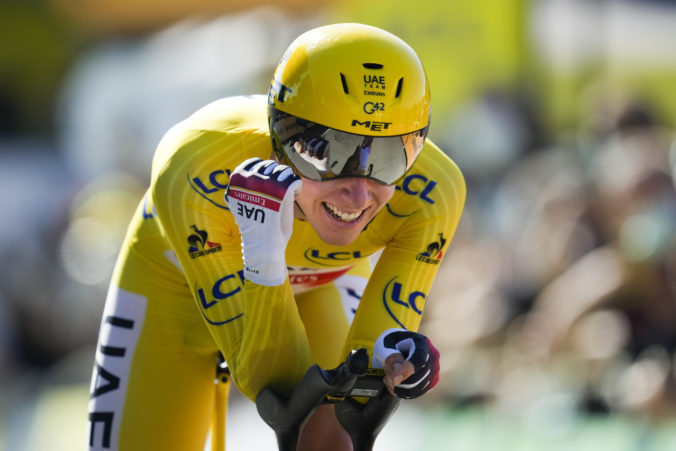 Časovku na Tour de France zvládol najlepšie van Aert, Pogačar prakticky obhájil celkový triumf