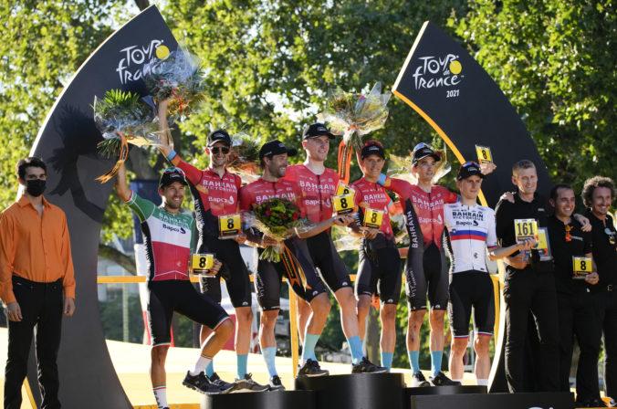 Tour de France 2021 (21. etapa): Pogačar obhájil svoj celkový triumf, záverečnú etapu však ovládol van Aert