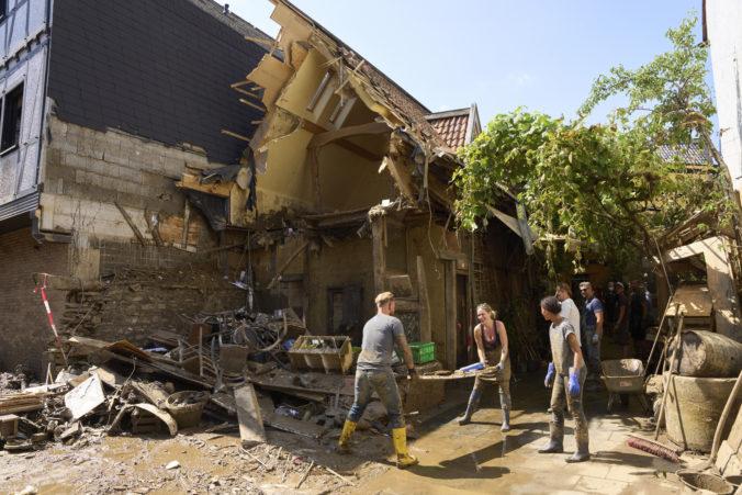 Povodňami zasiahnuté oblasti v nemeckých regiónoch opäť hrozia silné dažde