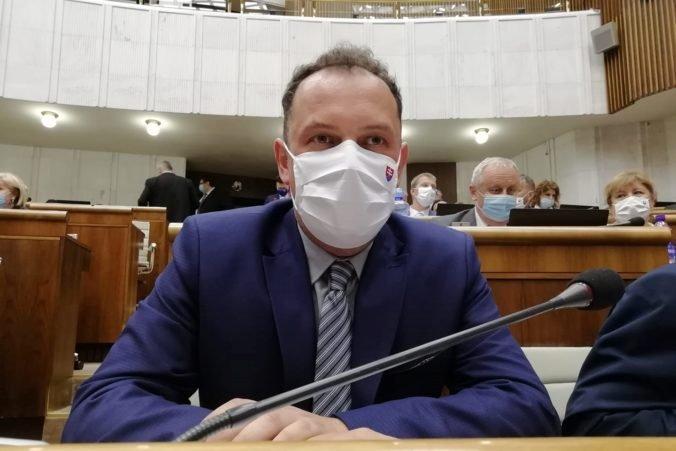 Koalícia má o jedného poslanca menej, hnutie OĽaNO vylúčilo zo svojho klubu Čepčeka