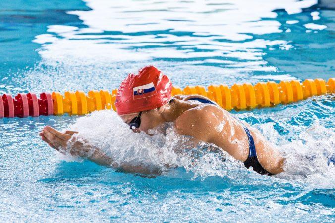 Letná olympiáda v Tokiu (plávanie): Podmaníková sa v rozplavbe blysla slovenským rekordom