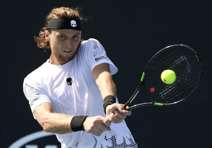 Kovalík sa na ATP v Rakúsku prebojoval do štvrťfinále dvojhry mužov, českého súpera zdolal do dvoch hodín