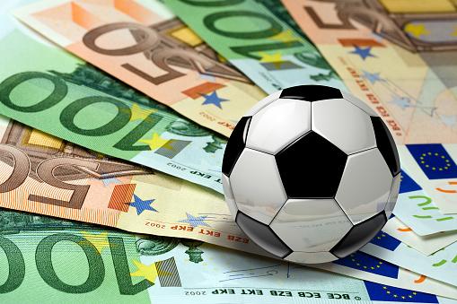 Znižovanie negatívnych dôsledkov koronakrízy na národné športové zväzy bude pokračovať aj v roku 2022