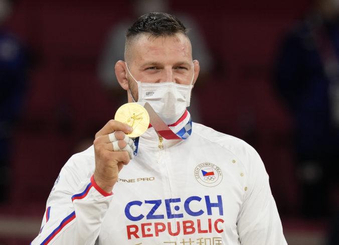 Džudista Krpálek dokázal na olympiáde v Tokiu nemožné. Obhájil zlato, ale vo vyššej váhe