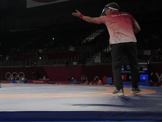 Letná olympiáda v Tokiu (zápasenie): Makojev hladko prehral s Najfonovom, ale ešte môže zaútočiť na bronz