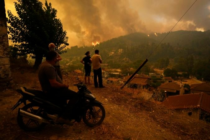 Ak ste v Grécku dostali SMS správu o potrebe evakuácie pre požiare, mali by ste tak urobiť čo najrýchlejšie