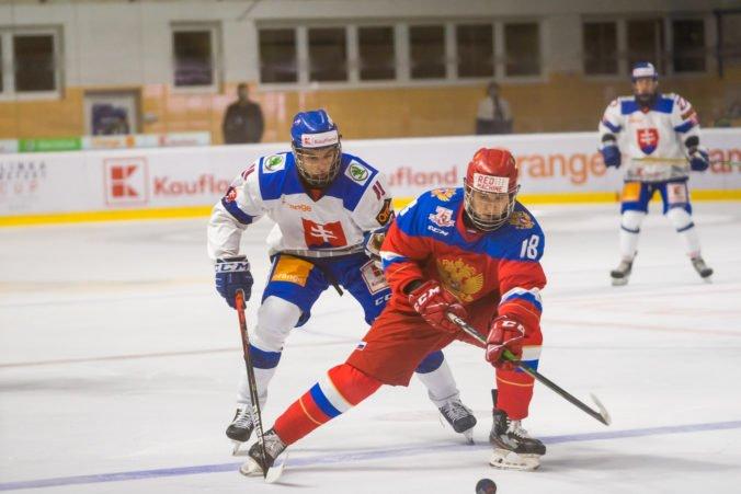Mladí slovenskí hokejisti vysoko prehrali vo finále s Rusmi, na Hlinka Gretzky Cup však dosiahli historický úspech (video)