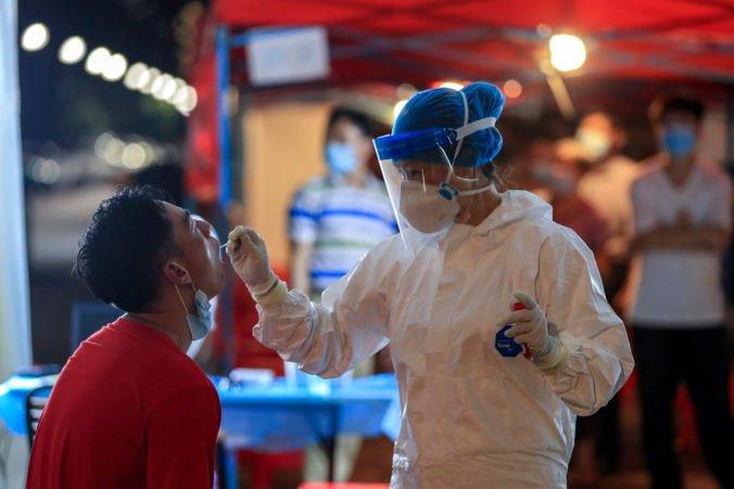 Čína potrestala desiatky funkcionárov za opätovné rozšírenie koronavírusu, mnohí prišli o miesto