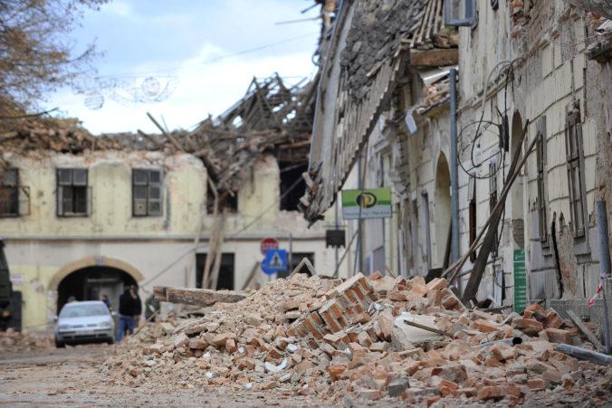 Chorvátsko zasiahlo v noci zemetrasenie, otrasy cítili v Záhrebe aj blízko maďarských hraníc