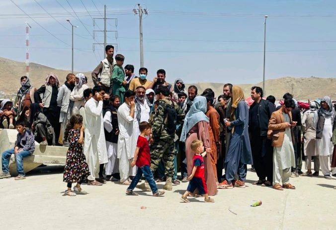 EÚ by mala Afgancom pomáhať doma a nečakať, kým dorazia na prah Európy, tvrdí eurokomisárka Johanssonová