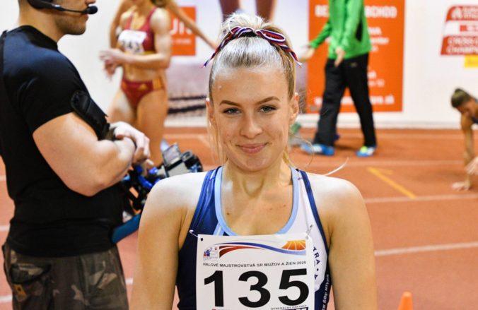Viktória Forster siahala na juniorskom šampionáte v Keni na bronz a pobeží aj vo finále stovky cez prekážky