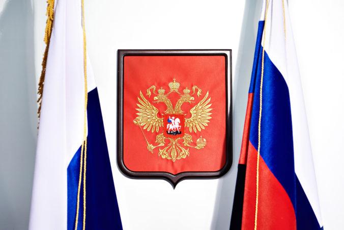 Popredná nezávislá televízia má byť zahraničným agentom, Rusko obvinilo aj niekoľko redaktorov