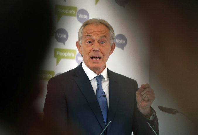 Rozhodnutie USA opustiť Afganistan podporuje aktivitu svetových džihádistov, myslí si Blair
