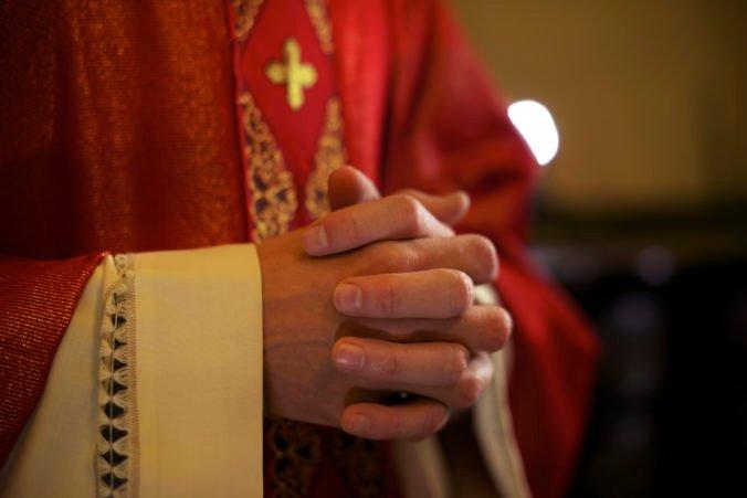 Vatikán potrestal poľského arcibiskupa pre jeho nedbanlivosť v prípadoch sexuálneho zneužívania mladistvých