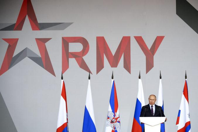 Rusko začína s výstavbou nových bojových lodí, Putin dal príkaz aj na zostrojenie jadrových ponoriek