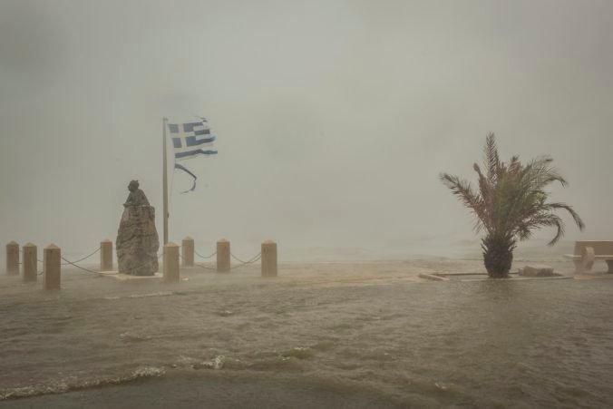 Vlny horúčav chcú v Grécku pomenúvať podobne ako búrky, mohlo by to pomôcť ľuďom aj úradom