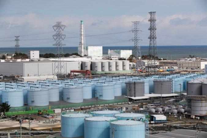 Rádioaktívnu vodu z Fukušimy chcú vypustiť do oceána, vybudujú podmorský tunel