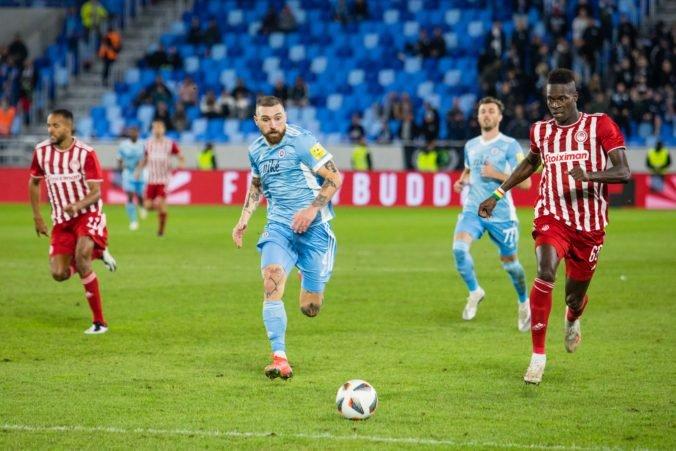 Žilinčania sa s pohárovou Európou rozlúčili krutou prehrou, Slovan doma remizoval s Olympiakosom