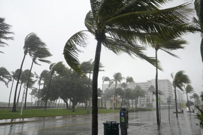 Na Mexické pobrežie mieri tropická búrka Nora, mohla by zosilnieť na hurikán