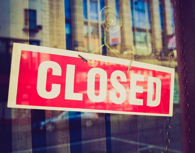 Česko nepočíta so zatváraním obchodov a škôl ani v najhoršom scenári vývoja epidemickej situácie
