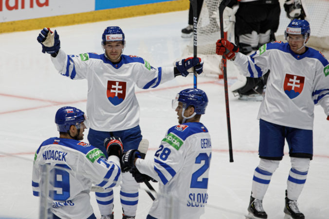 Slováci budú doma pod tlakom, verí bieloruský tréner