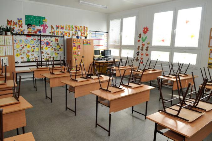 Začiatok školského roka sa pre delta variant koronavírusu na západnom Balkáne odkladá