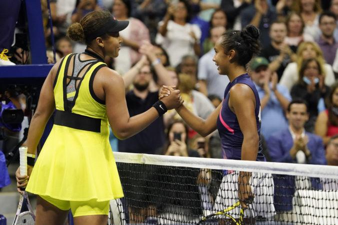 Naomi Osaková titul na US Open neobháji, svetová trojku vyradila 18-ročná Kanaďanka Fernandezová
