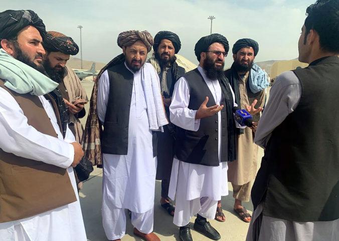 Taliban chce mať s Nemeckom silné vzťahy, potrebuje pomoc a podporu. Spolupráca s USA je odpustená