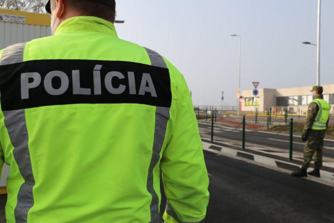 Policajti zistili viacero prípadov porušenia karantény, rozdávali pokuty