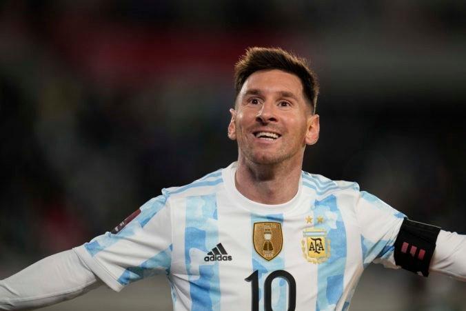 Messi sa stal najlepším strelcom juhoamerickej histórie, hetrikom prekonal legendárneho Pelého (video)