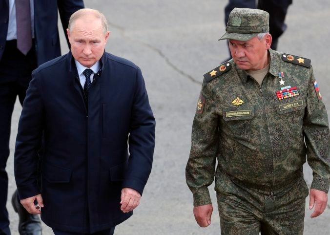 Spoločné vojenské cvičenia Ruska s Bieloruskom vyvolávajú obavy, na inšpekciu prišiel aj Putin