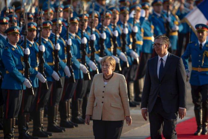 Začlenenie Balkánu do EÚ je strategické pre obe strany, podľa Merkelovej musí Srbsko urobiť demokratické reformy