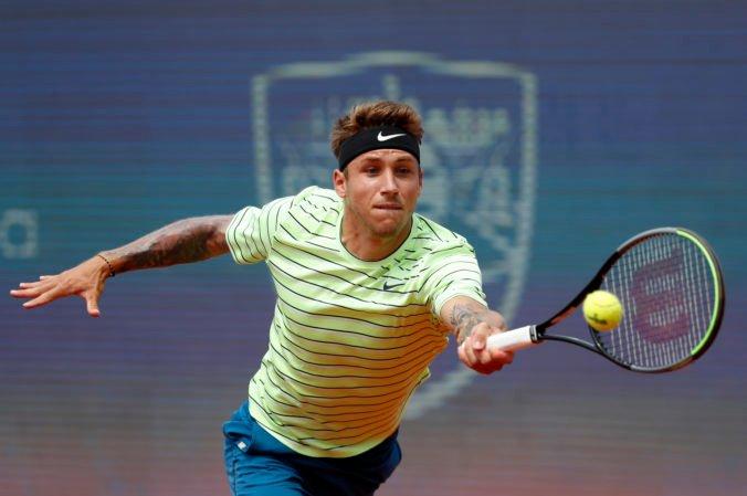 Slovenskí tenisti na Davis Cupe po prvom dni remizujú s Čiľanmi, Molčan proti Garínovi neuhral ani set