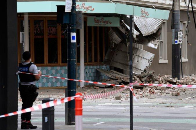 Austrálske Melbourne zasiahlo silné zemetrasenie, evakuovali nemocnicu i niekoľko výškových budov (video)